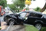 Wypadek w Rogowie w powiecie brzezińskim. Dwie osoby ranne w czołowym zderzeniu samochodów [ZDJĘCIA]