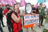 Wicepremier Janusz Piechociński w Kielcach poparł budowę strefy gospodarczej wokół trasy S7. Partia Razem głośno protestowała
