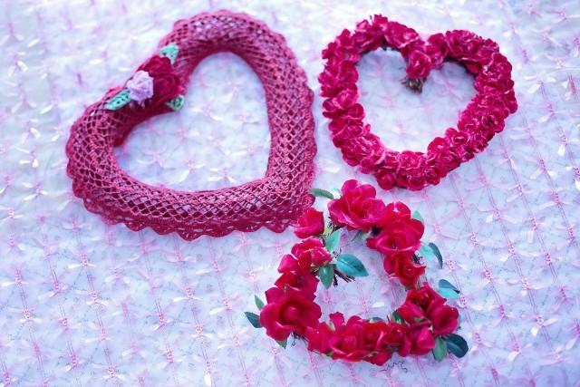 WALENTYNKI 2021: Życzenia na Walentynki, wierszyki na Walentynki, życzenia SMS na Walentynki