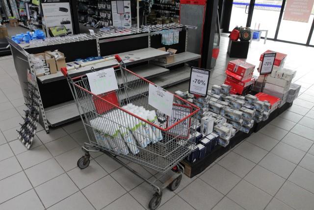 Sieć sklepów Norauto znika z Polski. Wyprzedaże nawet do minus 70 proc.; Zobacz kolejne zdjęcia. Przesuwaj zdjęcia w prawo - naciśnij strzałkę lub przycisk NASTĘPNE >>>
