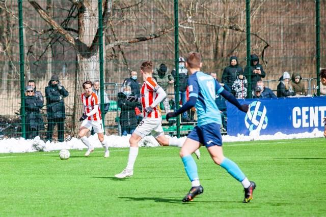 Mecz Centralnej Ligi Juniorów U-18 Hutnik Kraków - Cracovia
