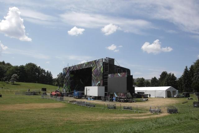 W Parku Sybiraków powstaje scena na ESK.