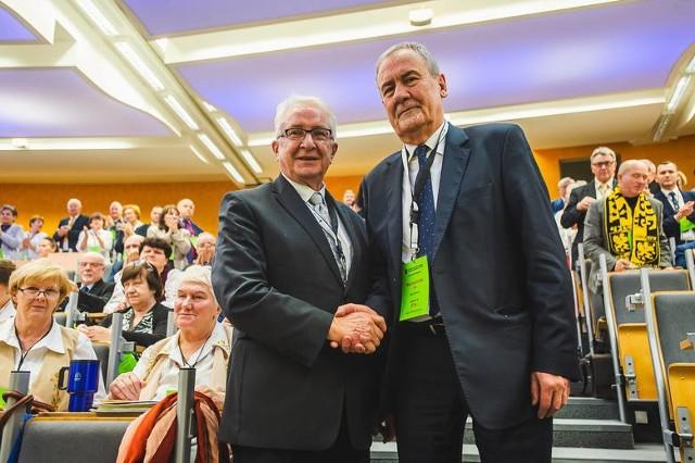 Uniwersytet Gdański jest jedyną uczelnią na świecie, która zajmuje się językiem kaszubskim, kulturą i tradycją Kaszub. Myślę, że dla uczelni może to stanowić przedmiot dumy – mówi Jan Wyrowiński (po prawej), prezes Zrzeszenia Kaszubsko-Pomorskiego.