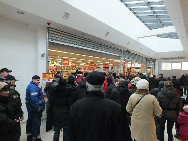 Market Czerwona Torebka otwarty w Starachowicach