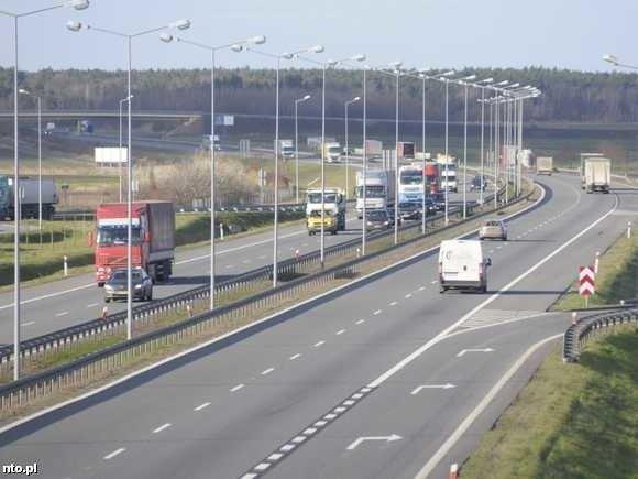 aca06bd3d32c9 Opłaty na autostradzie pobierane będą na dwa sposoby. (fot. archiwum)