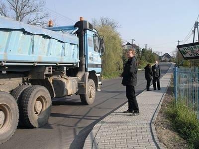 Przebudowa drogi powiatowej w Rybnej trwała cztery lata Fot. Barbara Ciryt
