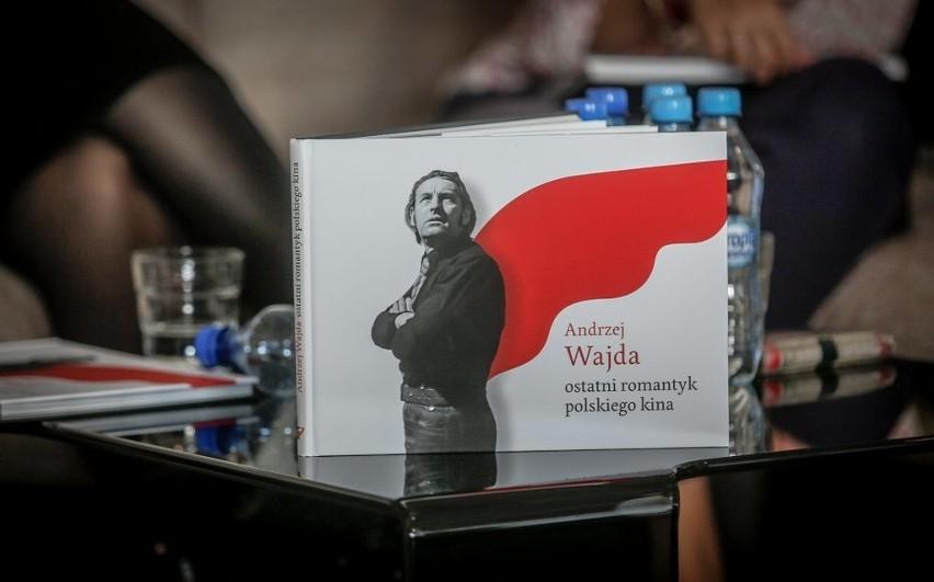 Promocja albumu o Andrzeju Wajdzie.