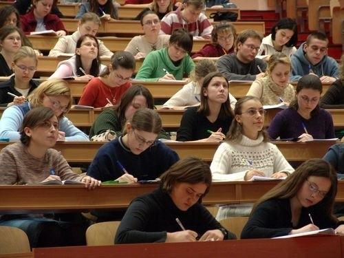 Przy rosnącej popularności kont internetowych, ROR-y dla studentów są coraz mniej popularne