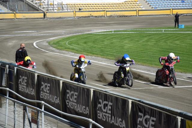Drużynowe Mistrzostwa Polski Juniorów to cykl imprez m.in. o charakterze szkoleniowym.