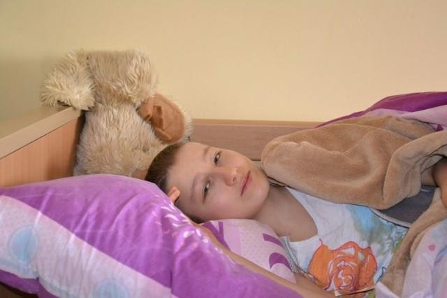 Iza Partyka spod Grudziądza cierpi na nowotwór kości. Aby wygrać walkę z chorobą poleciała do Chin