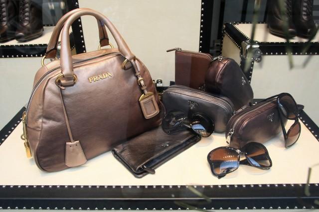 Najnowsze modele torebek Prady można kpić w Mediolanie już za 3 tysiące euro
