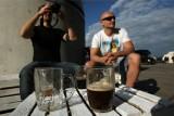 Gdzie możesz legalnie napić się piwa we Wrocławiu? Podpowiada prawnik