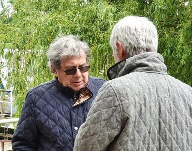 Aktor Janusz Gajos odwiedził port w Cigacicach