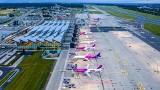 Szturmujemy gdańskie lotnisko. W sierpniu obsłużyło o połowę więcej pasażerów