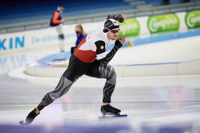 Piotr Michalski ze świetnej strony pokazał się w trakcie zawodów z cyklu Pucharu Świata w Heerenveen