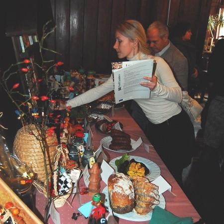 Podczas imprezy w Kliczkowie, zaproszeni goście mieli okazję spróbować prawdziwie regionalnych przysmaków.