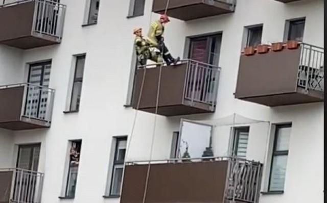 Brawurowa akcja strażaków w Krakowie