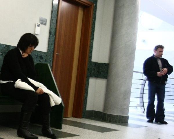 Rodzice Nikoli czekają na orzeczenie sądu.