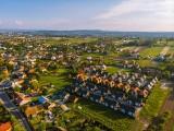 Ludzie na potęgę sprowadzają się do gminy Zielonki. Jest uznana za najlepsze miejsce do zamieszkania [ZDJĘCIA]