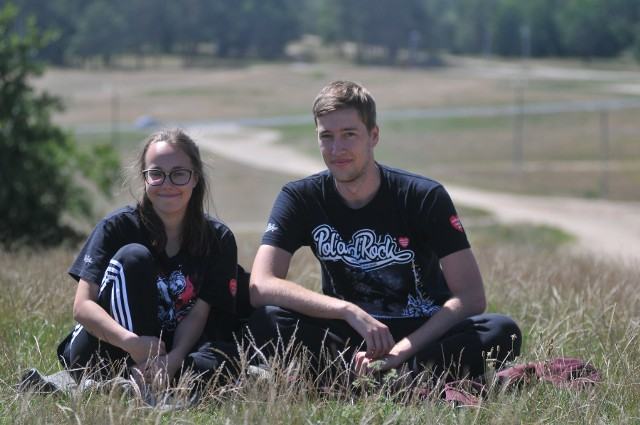 Fani Pol'and'Rock Festiwalu przyjeżdżają do Kostrzyna, aby choć na chwilę pobyć na woodstockowej łące.