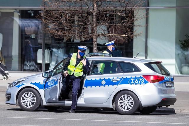 Policja najpierw ma upominać, a dopiero potem karać mandatami.