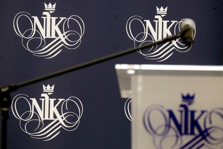 Konferencja NIK. Prezes Izby Marian Banaś składa wniosek o...