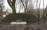 Odnowili mogiłę i tablicę poświęconą bitwie pod Racławicami