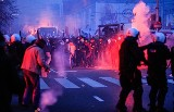 Zamieszki w Warszawie. Czy zakazać zasłaniania twarzy? [ZDJĘCIA]