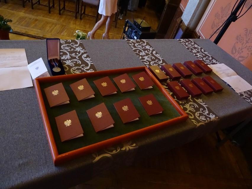 Medale na 100-lecie odzyskania niepodległości przyznane...
