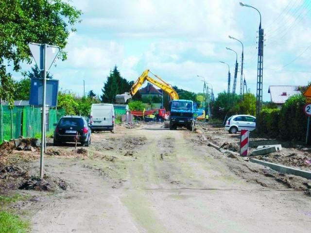 Już wkrótce w tym miejscu będą chodniki i asfalt.