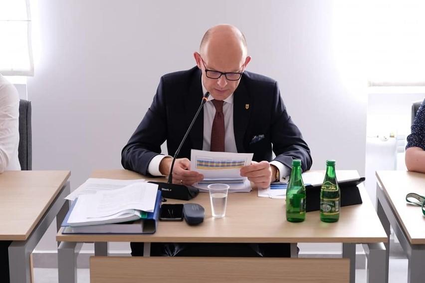 Wójt gminy Zagnańsk, Wojciech Ślefarski z jednogłośnym wotum zaufania i absoutorium