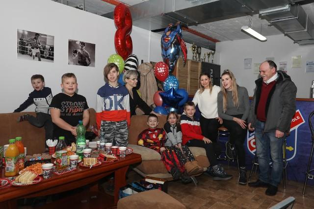 Urodzinowa niespodzianka zorganizowana dla Sebastiana w OKB Odra Opole