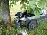 Grądy Małe: Śmiertelny wypadek, mercedes uderzył w drzewo