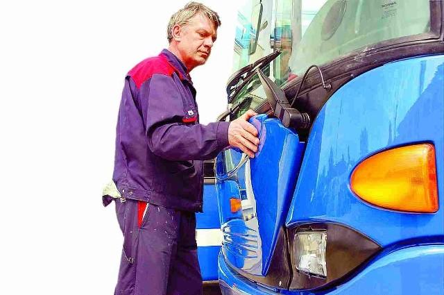 Autobus dla słupskiego MZK jest już gotowy. Niestety, pasażerowie będą mogli do niego wsiąść dopiero za kilka miesięcy.
