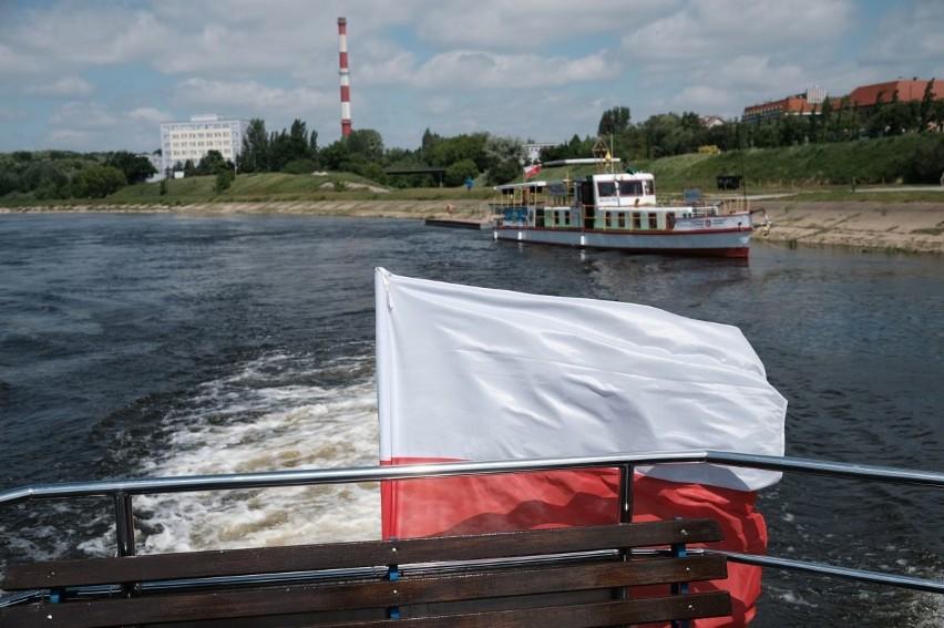 W czwartek odbył się pierwszy rejs statkiem wycieczkowym po Warcie