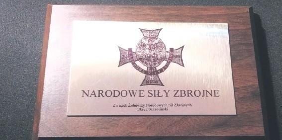 Tablica poświęcona żołnierzom NSZ.