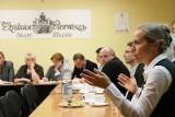 Znani krakowianie kandydują do rad dzielnic [GALERIA]