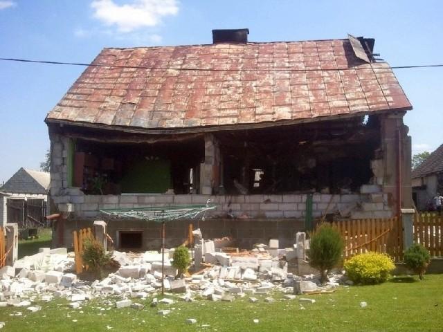 gazu zniszczył dom