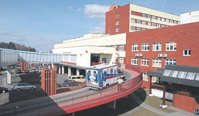 Zadłużenie szpitala w Grudziądzu (łączna suma wszystkich zobowiązań; na kolejnych slajdach z rozbiciem na zobowiązania długoterminowe i krótkoterminowe) wynosi: ponad 422,9 mln zł *Stan na 21.02.2019