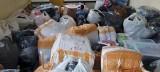 Udana akcja funkcjonariuszy KAS i policji. Zabezpieczono 8 tysięcy sztuk nielegalnego towaru o wartości ponad 2,5 mln zł. Zatrzymano 1 osobę