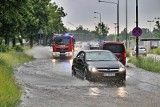 Ulewy w woj. śląskim. Prawie 200 interwencji straży pożarnej. Ulice zalane m.in. w Katowicach i Tychach