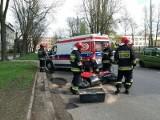 Wypadek motocyklisty w centrum Łodzi. Dwie osoby ranne [FILM, zdjęcia]