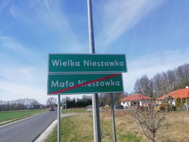Bitwa o wozy wzbudziła sporo emocji w całej Polsce. W ramach akcji prowadzonej przez Ministerstwo Spraw Wewnętrznych i Administracji 49 gmin na terenie byłych 49 województw miało otrzymać dotacje na zakup wozów strażackich. W powiecie toruńskim zwyciężyła gm. Wielka Nieszawka. Wozu jednak nie otrzyma. Powód? Brak Ochotniczej Straży Pożarnej.