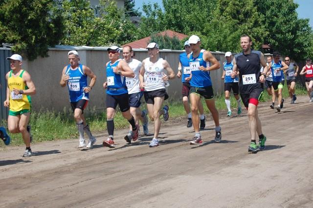 Zawodnicy będą mieli do pokonania 15 km trasę.