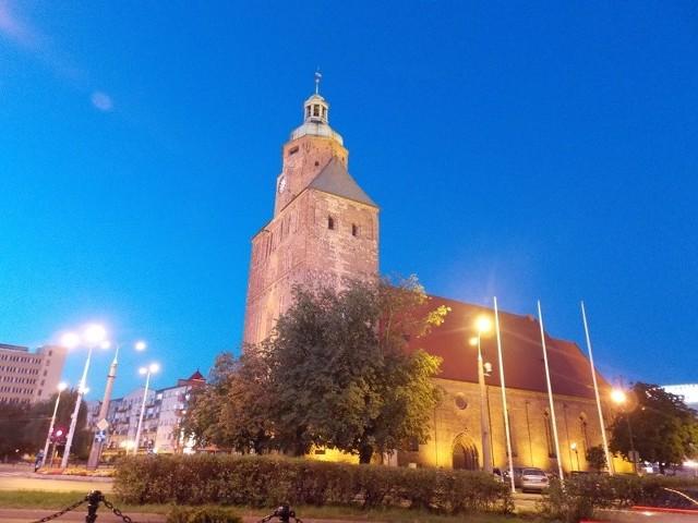 Katedra - zdaniem posłanki Elżbiety Rafalskiej taki zabytek to jak najbardziej powód do dumy.