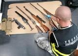 Arsenał w domu pod Korfantowem. Areszt dla producenta broni ze wsi Rączka. Miał 33 sztuki broni, materiały wybuchowe i zapalniki