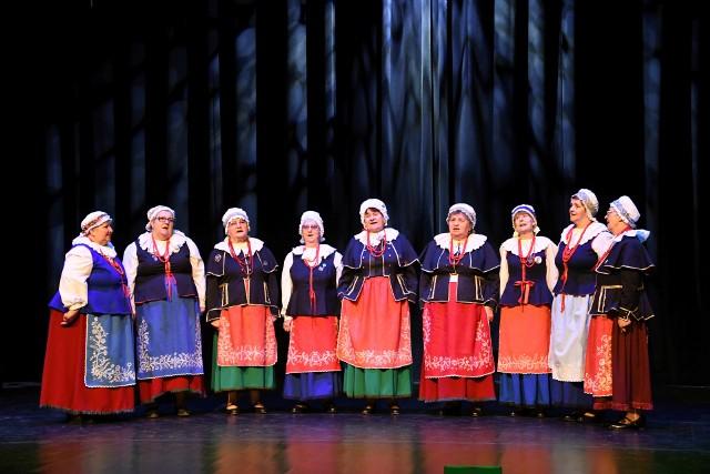 Zespół Ludowy Radojewiczanie z Radojewic zajął 1 miejsce wśród śpiewaczych grup seniorskich podczas V Festiwalu Folklorystycznego im. Tadeusza Zielińskiego w Brześciu Kujawskim. Zespół mocnym akcentem wszedł w sezon 2021, w którym obchodzić będzie 35-lecie działalności