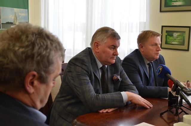 Wczoraj starostwo zwołało konferencję, na którą zaproszono prezesa szpitala w Tucholi