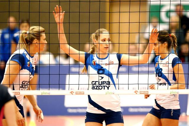 Liderką w ataku była Małgorzata Glinka-Mogentale (z lewej), ale z bardzo dobrej strony pokazała się również Agnieszka Bednarek-Kasza (w środku).