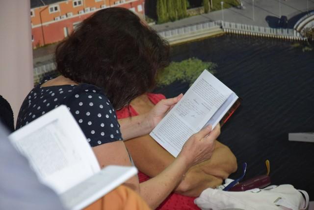 Na czytelników - tych młodszych i starszych -  Biblioteki Publicznej w Sępólnie czeka we wrześniu sporo spotkań wydarzeń
